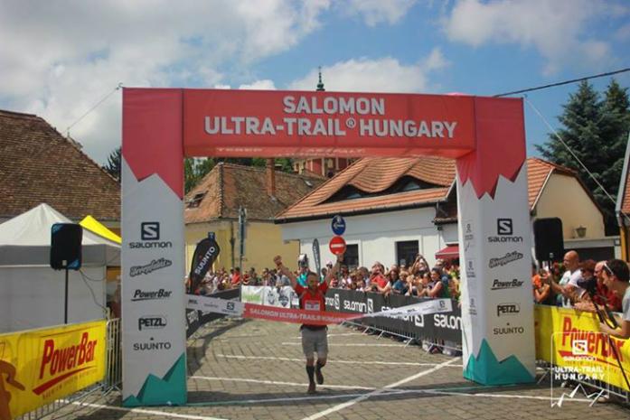 Oskar Zimny, zwycięzca Ultra TRail Hungary 2015 na dystansie 111 km fot. materiały prasowe