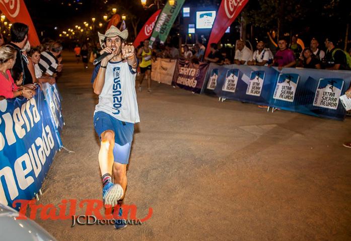 Maurizio Torri, dziennikarz prowadzący imprezę / fot. @JCDfotografia @RevistaTrailRun