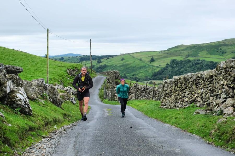 Paul Tierney i Sabrina Verjee na trasie Wainwright w Lake District / fot. Jacob Snochowski